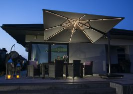 Современный зонт садовый с подсветкой 10