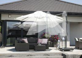 Современный зонт садовый с подсветкой 5