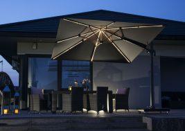 Современный зонт садовый с подсветкой 2