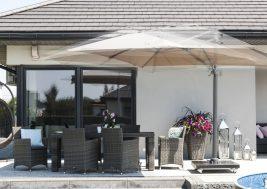 Современный зонт садовый с подсветкой 22